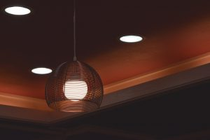 Plafondlamp verplaatsen