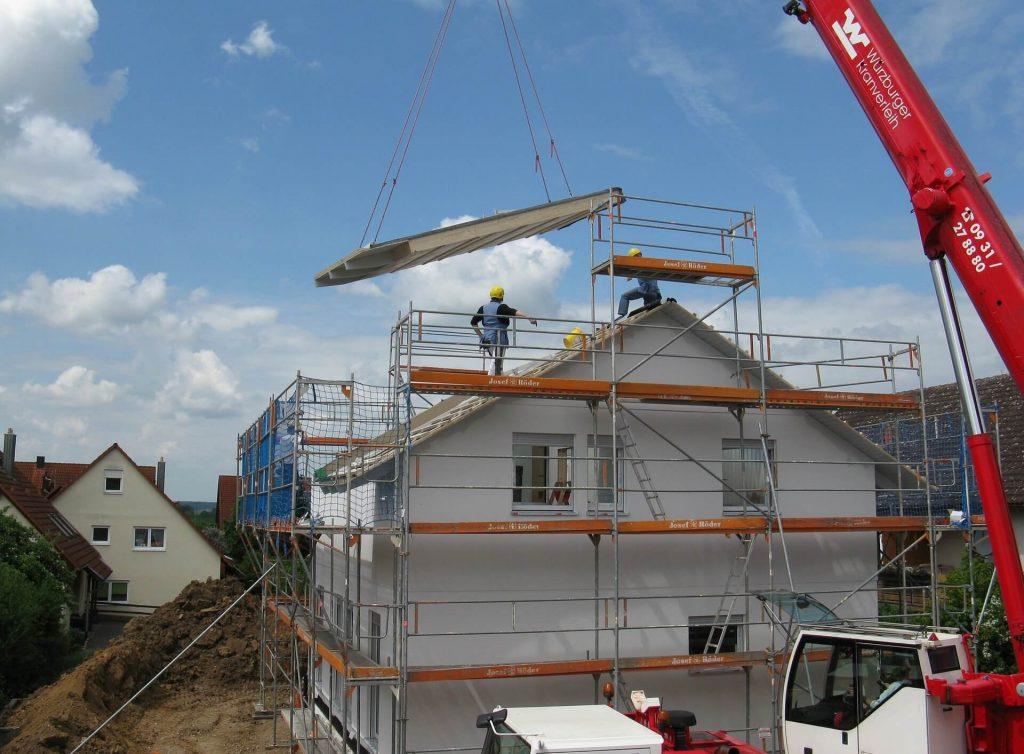 gebruik van steiger bij bouw huis